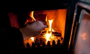 More efficient, closed fireplaces have not been banned in Paris.