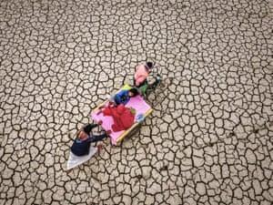 Health in a Heating World (single image)   Tears of Drought Sharwar Apo