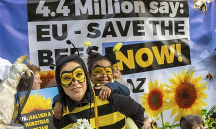 People protest ahead of the historic EU vote on a full neonic-ban at Place Schuman in Brussels, Belgium.