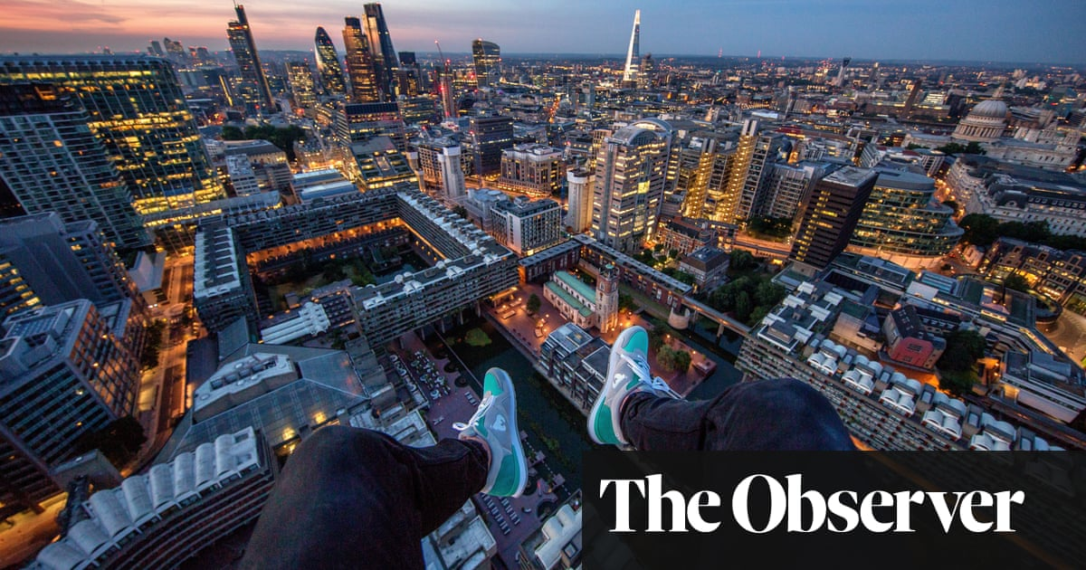 The lure of tall buildings: A guide to the risky but