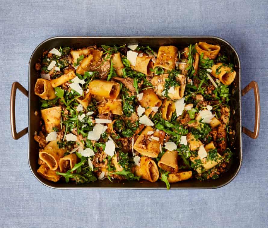 One-tray pork and mushroom pasta