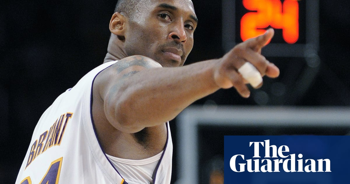Kobe Bryant's widow can obtain names of deputies who shared crash photos, judge rules