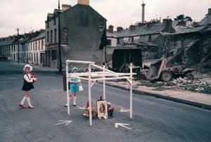 Northern Ireland, 1970s, Akihiko Okamura