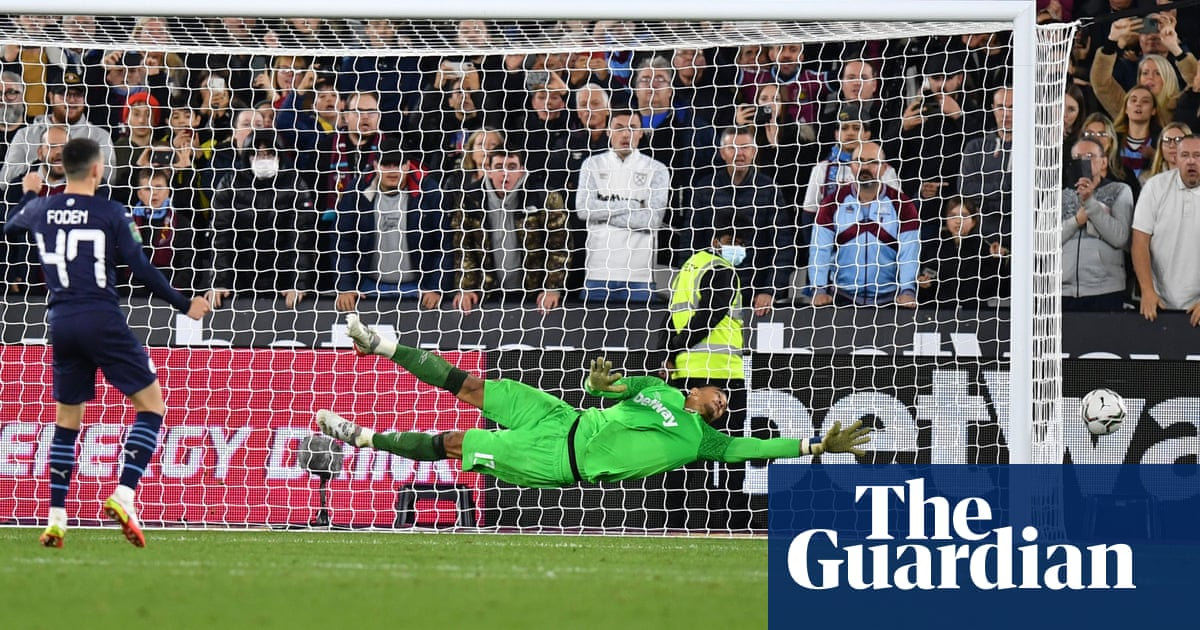 Phil Foden misses as West Ham end Manchester City's Carabao Cup reign