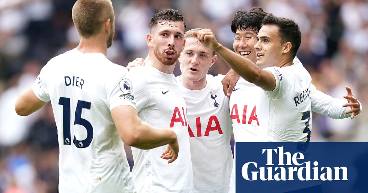 Son Heung-min downs Watford and maintains Tottenham's perfect start