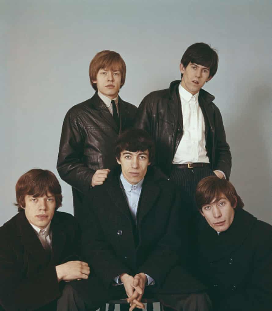 The Rolling Stones em 1964. Da esquerda para a direita: Mick Jagger, Brian Jones, Bill Wyman, Keith Richards e Charlie Watts