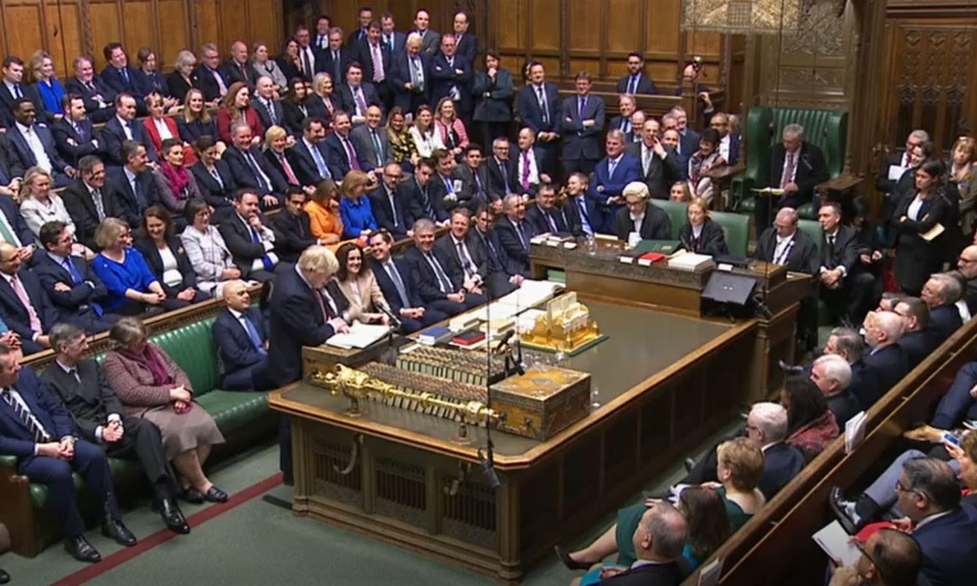 UK - Politika i društvo  1708