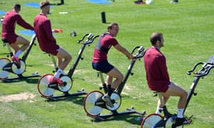 Mark Noble and West Ham's players during training