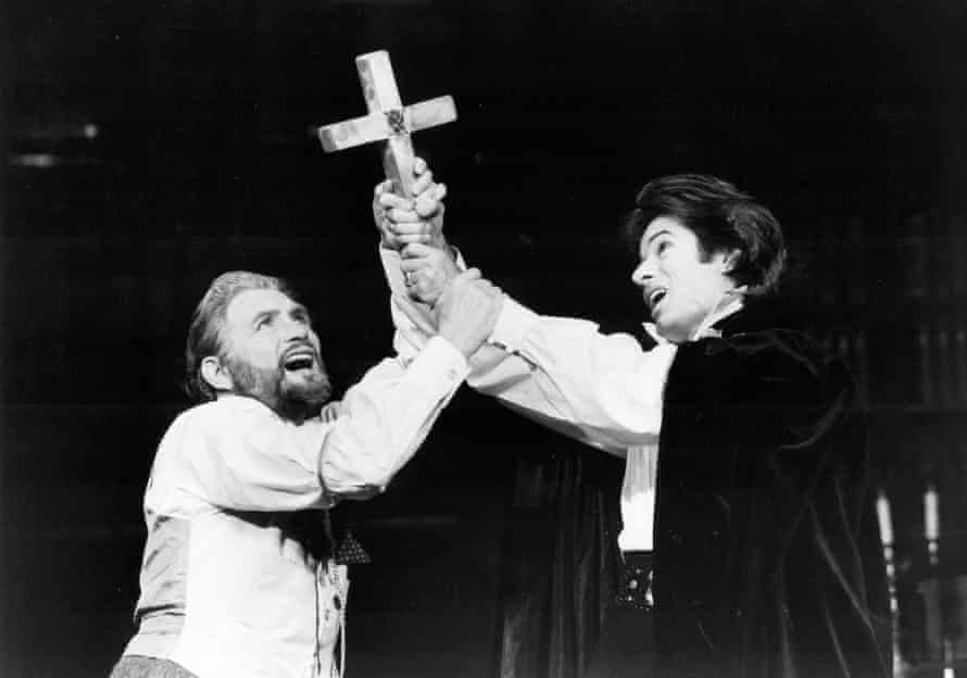 Roy Dotrice and Chakiris in The Passion of Dracula at Queen's theatre in 1978.