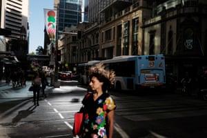 A women on king street