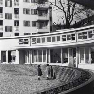 Kensal House, London, c. 1938, Edith Tudor-Hart