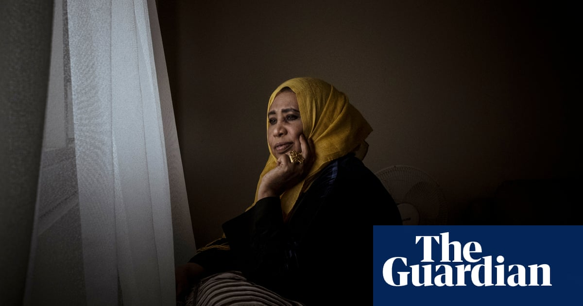 'We thought we were Australian': Melbourne tower lockdown lives on in legacy of trauma