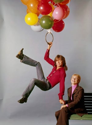 David Cassidy with Shirley Jones, who played his mother in The Partridge Family, in 1973