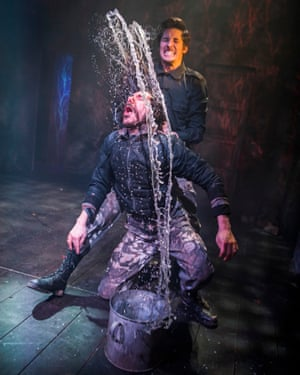 Mike Slader (Macduff) and Billy Postlethwaite (Macbeth), in Macbeth at the Watermill theatre.