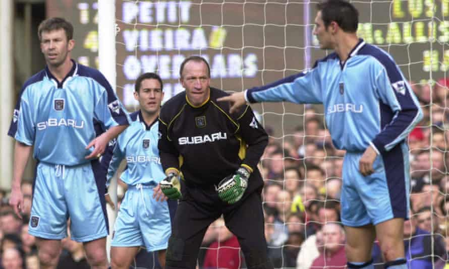 Coventry's Steve Ogrizovic playing against Arsenal