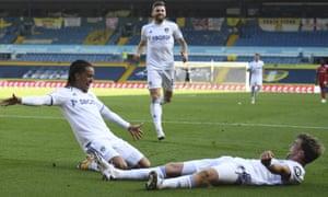 Leeds United's Hélder Costa (left) celebrates with teammates