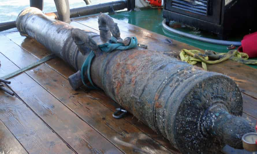 A cannon lifted from the wreck