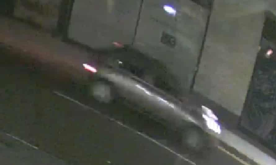 Images of the vehicle sought by police