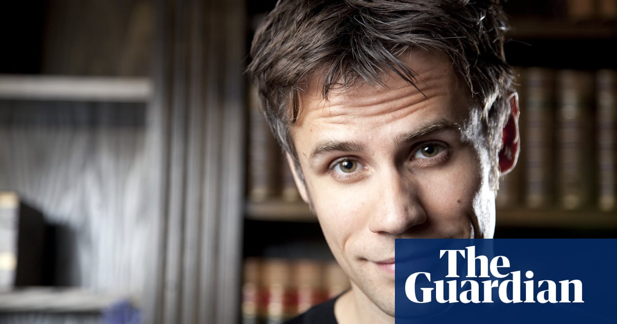 Richard Bacon put in induced coma after pneumonia treatment | Media | The Guardian