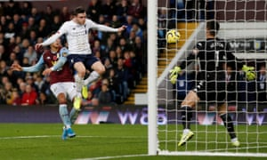 Liverpool's Andrew Robertson scores their equalier.
