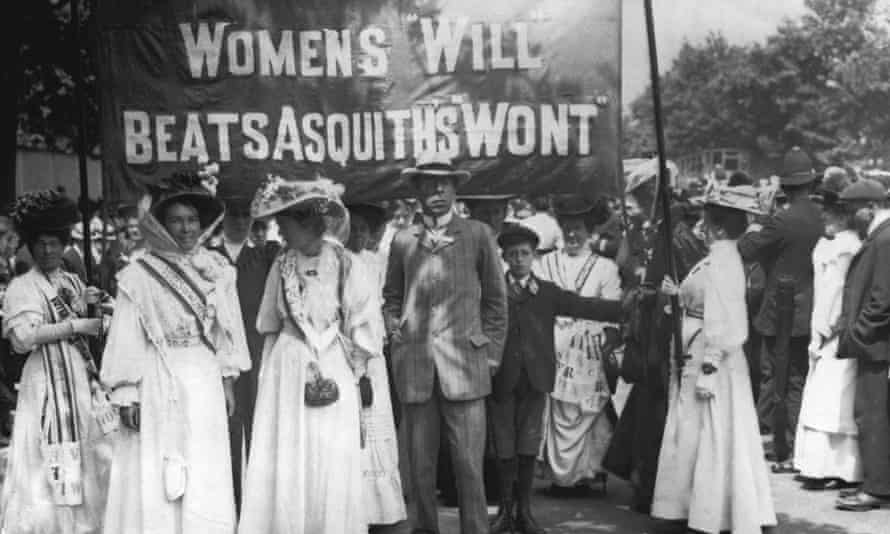 Suffragettes at the funeral of campaigner Emily Davison, who died in protest at the 1913 Epsom Derby.