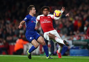 Alex Iwobi in action against Chelsea on 19 January 2019.