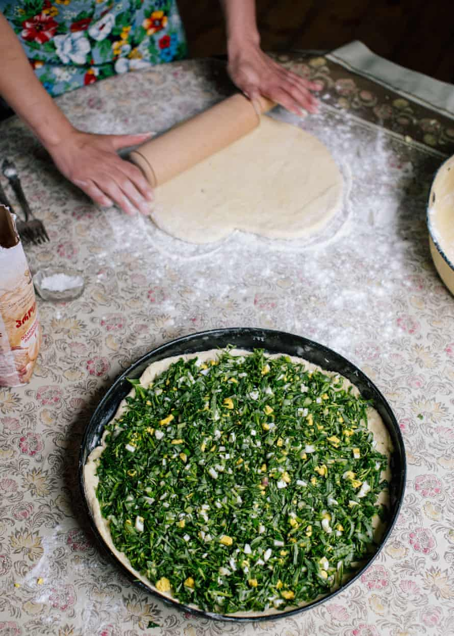 Aniko's Tarragon Pie