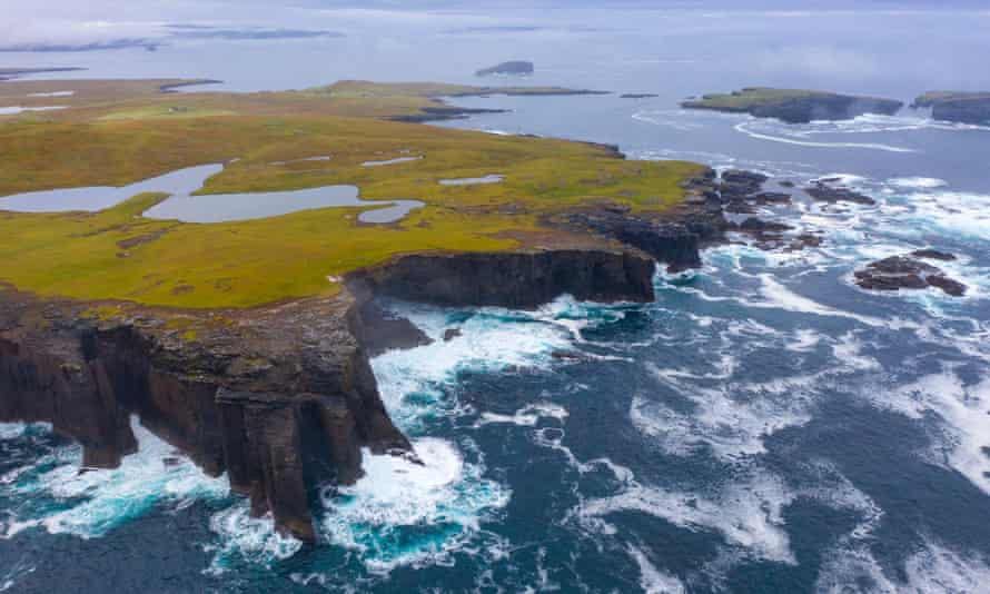 The dramatic coast of the Shetland Islands. New research maps Storegga tsunami's geological origins and its impact on the Norwegian and Scottish coastlines.