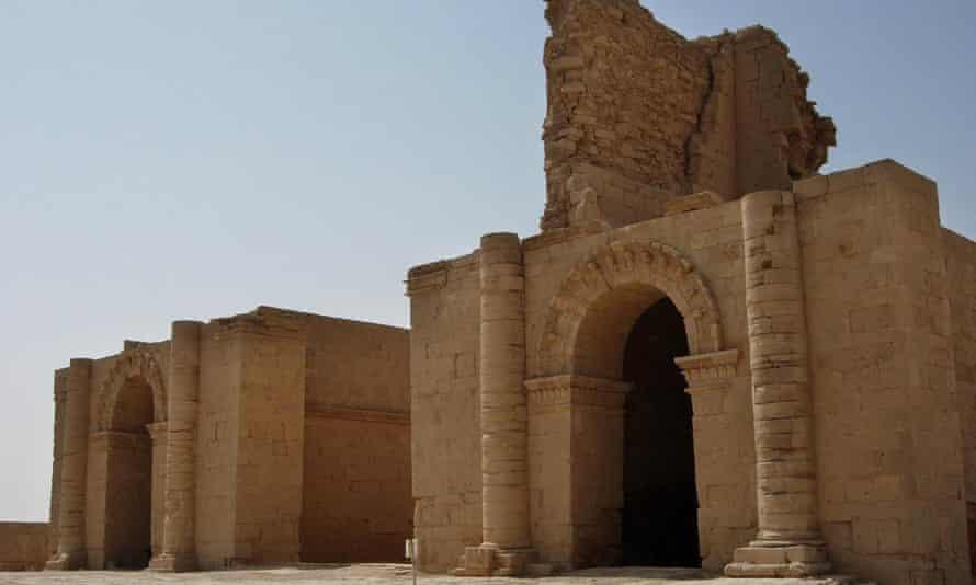 Hatra remains