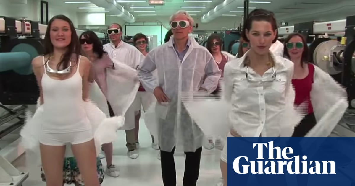 science student dance video