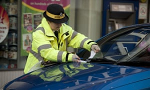 Issuing parking ticket