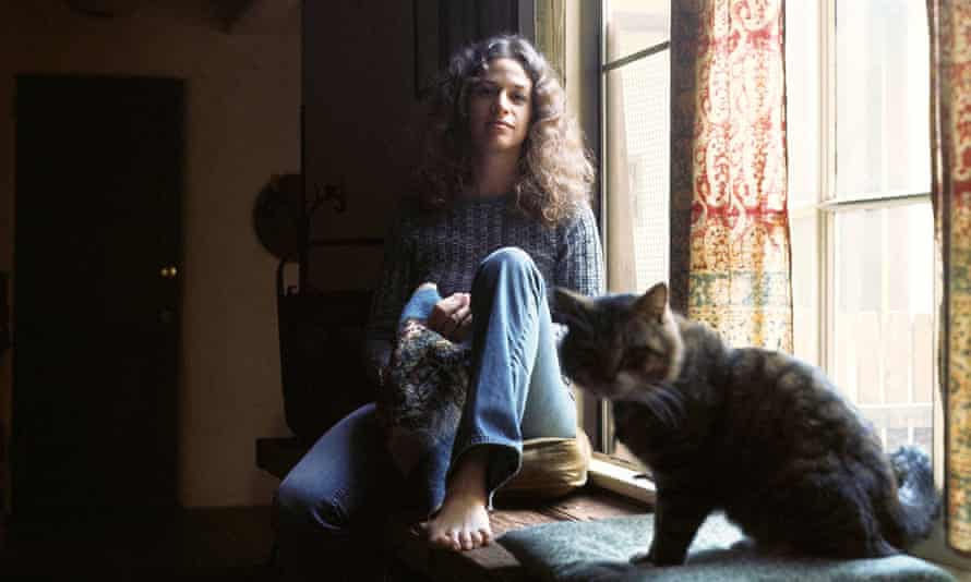 Feline groovy … Carole King and cat Telemachus, from the cover of Tapestry.