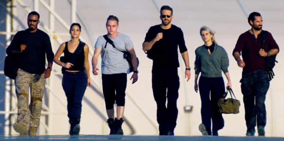 Let's go … from left, Corey Hawkins, Adria Arjona, Ben Hardy, Ryan Reynolds, Mélanie Laurent and Manuel Garcia-Rulfo in 6 Underground.