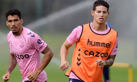 Everton S James Rodriguez Coup Shows Lure Of Carlo Ancelotti Everton The Guardian