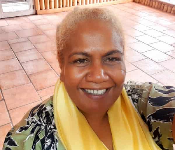 Dorothy Wickham is a journalist from Solomon Islands.