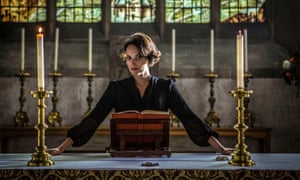 Phoebe Waller-Bridge in Fleabag.