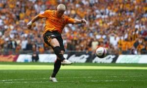 Dean Windass breaks Bristol City hearts at Wembley in 2008.