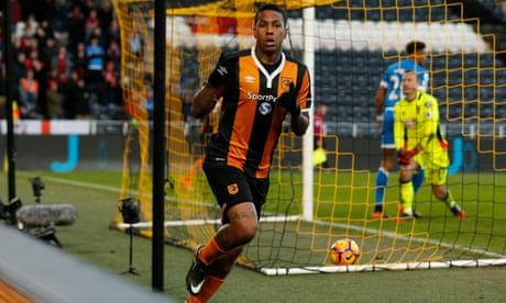 Abel Hernández double secures Hull comeback against Bournemouth