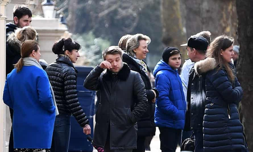 Russian diplomats and family members leave the Russian embassy in central London, 20 March 2018.