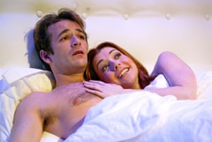 Luke Perry and Alyson Hannigan in When Harry Met Sally at the Theatre Royal Haymarket in 2004