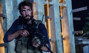John Krasinski in 13 Hours: the Secret Soldiers of Benghazi.