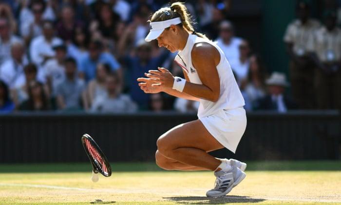 Venus Throws Herself At Waiting Arms Of >> Wimbledon 2018 Angelique Kerber Beats Serena Williams To