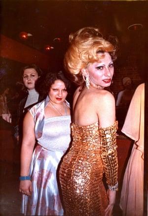 Nan Goldin: Naomi with her sister, Honey, 1972