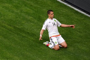 Javier Hernandez celebrates the equaliser