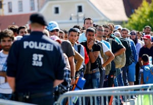 Gornja Radgona, Slovenia: People queue to cross the border to Austria