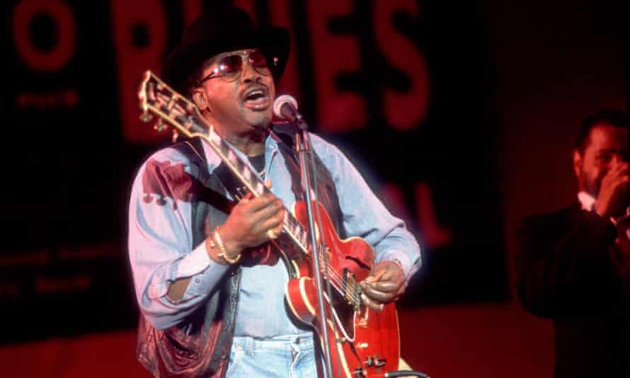 Otis Rush performing in Chicago in 1995.