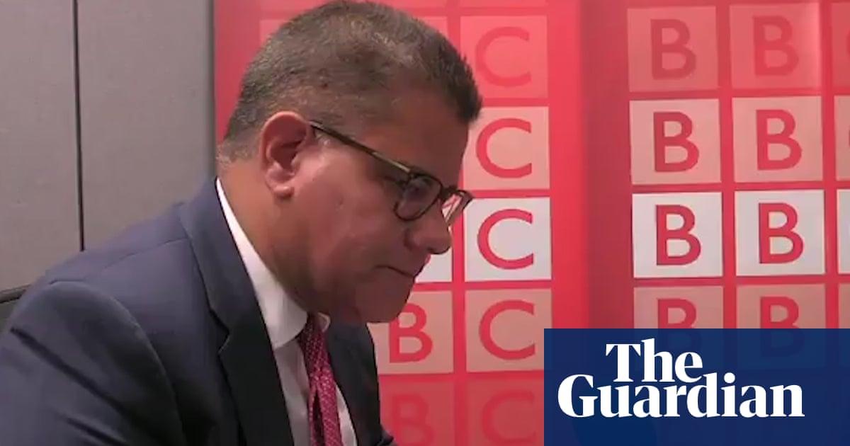 Alok Sharma accuses media of gotcha questioning over coronavirus rules –video