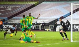 Michail Antonio of West Ham United scores his teams second goal.