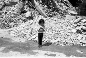 Child beggar in Grbavica, 1998.