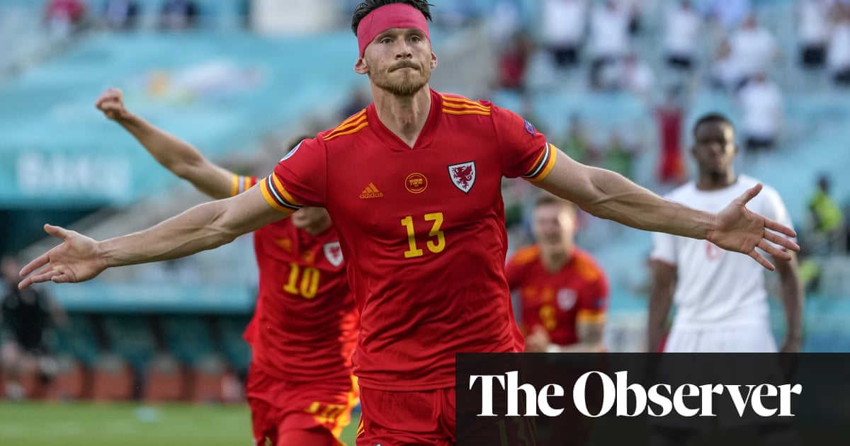 Kieffer Moore makes point for Wales against Switzerland at Euro 2020